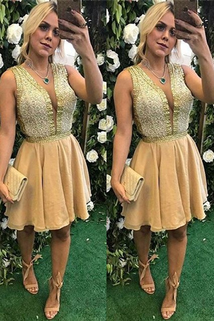 Elegant V-Neck Short Prom Dress | 2020 Homecoming Dress