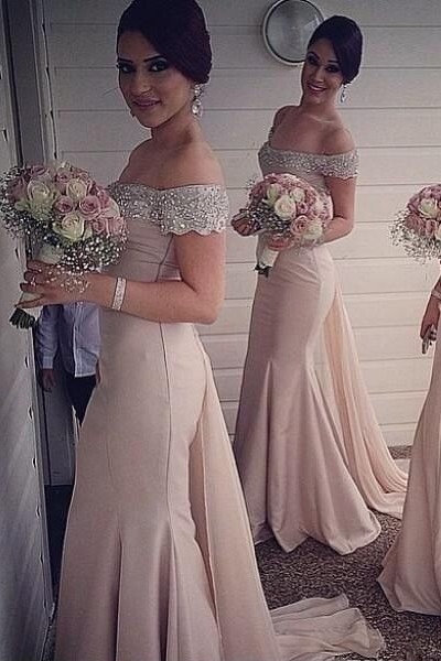 Sexy Off-the-shoulder Mermaid 2020 Bridesmaid Dress Beadings Sweep Train