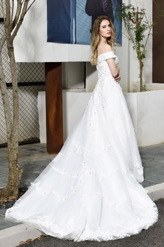 Elegant White Lace Off Shoulder Princess Wedding Dress with Beaded Lace Appliques