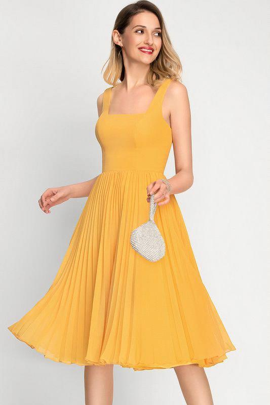 A-Line Square Neckline Cocktail Dress With Pleated Knee-Length Chiffon