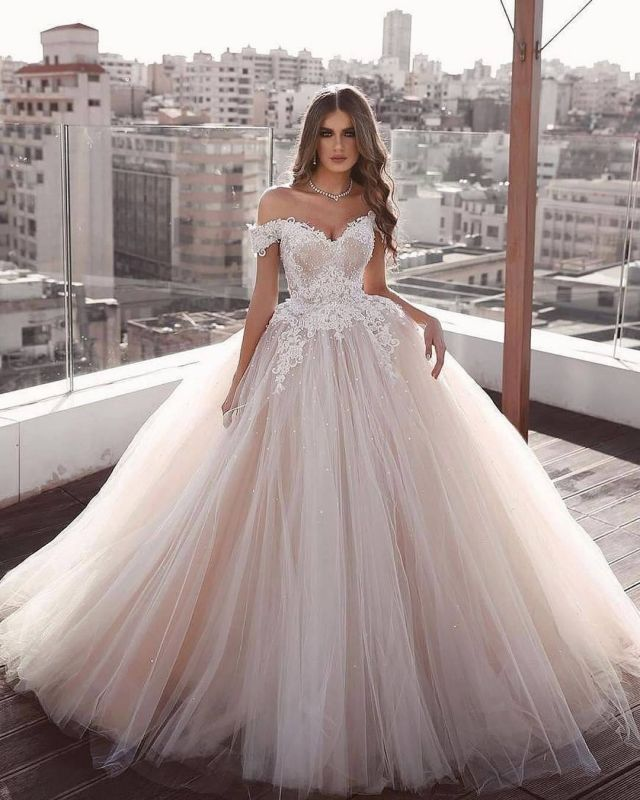 Romantic Off the Shoulder Tulle Ball Gown Aline Princess Bridal Gown
