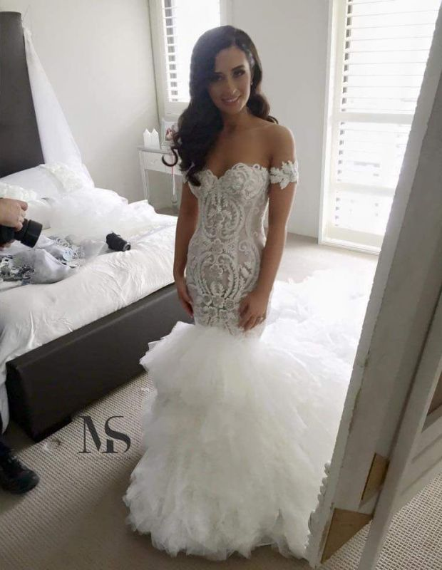 Sexy Off-the-shoulder Mermaid Wedding Dress Long Train With Ruffles