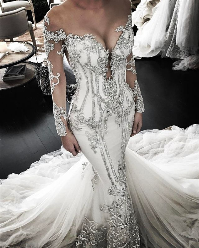 Delicate Lace Appliques Long Sleeve Wedding Dress   Mermaid Bridal Gown BC0446