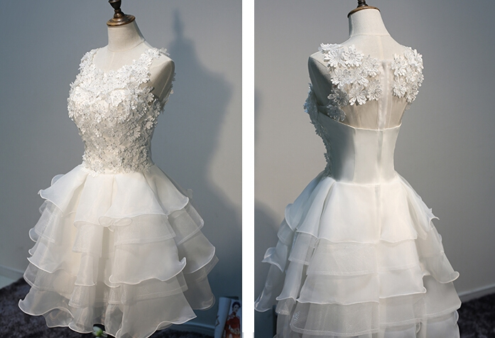 Layers Sleeveless Lace Hot White Short Organza Lace-Appliques Homecoming Dress