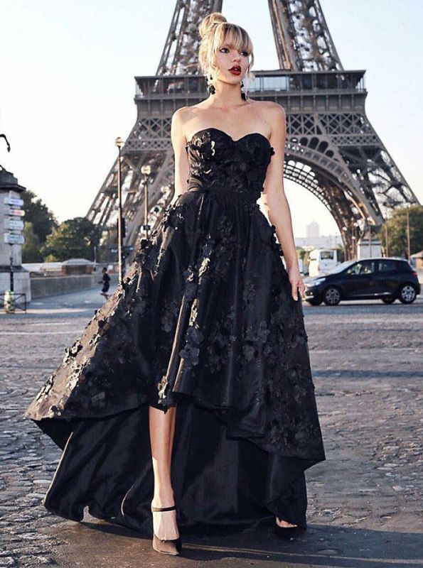 Stunning Black Sweetheart Sleeveless Zipper Prom Dress | Sexy Lace Appliques Asymmetrical Evening Gown