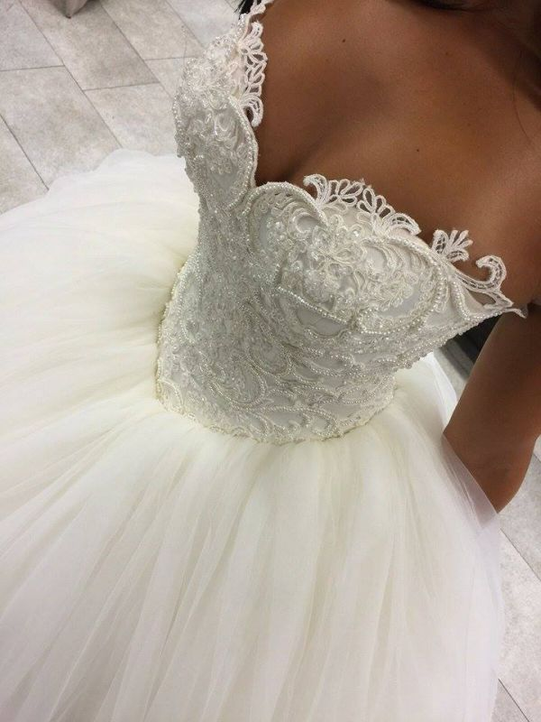 Gorgeous Sweetheart Beadings Princess Wedding Dress 2020 Ball Gown Tulle IG042