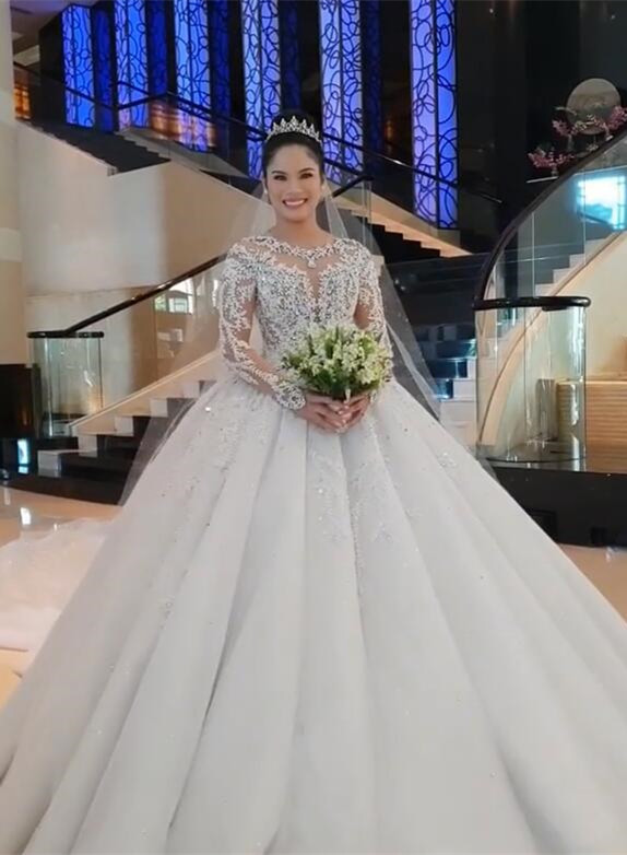 Glamorous Long Sleeve 2020 Ball Gown Wedding Dresses | Lace Appliques Tulle Bridal Gown BC0895