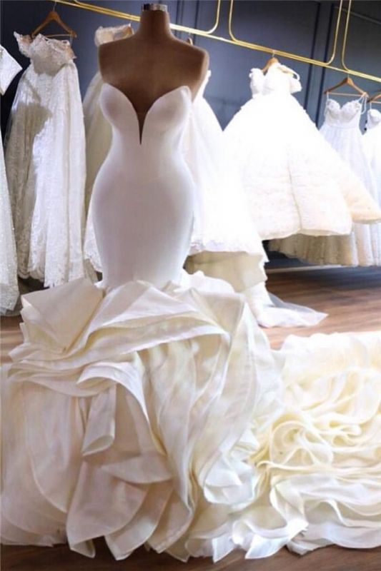 Sexy Strapless Mermaid Ivory Wedding Dresses Tiered Ruffles Satin Bridal Gowns with Cathedral Train