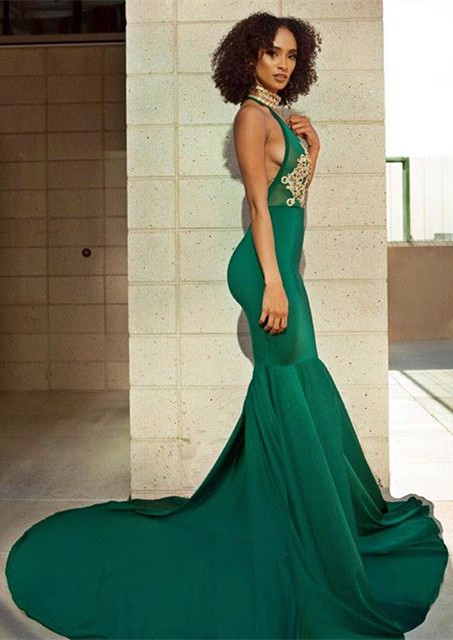 Elegant Green V-Neck Evening Dress | Backless Mermaid Prom Dress With Lace