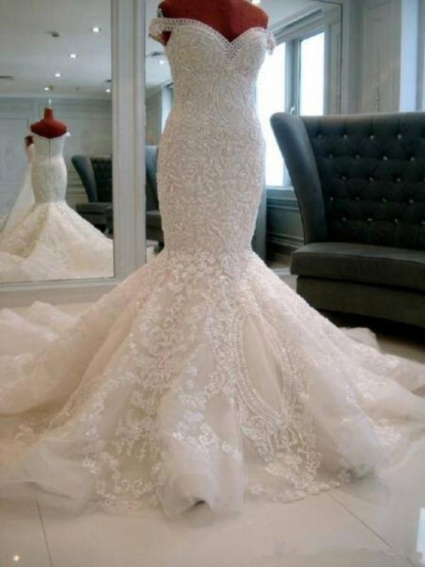 Gorgeous Off-the-shoulder Pearls 2020 Wedding Dress Mermaid Lace Long Train