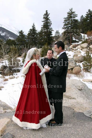 Hot Red And White Ankle Length Wedding Dresses With Faux Fur Cape Ivory Cloaks