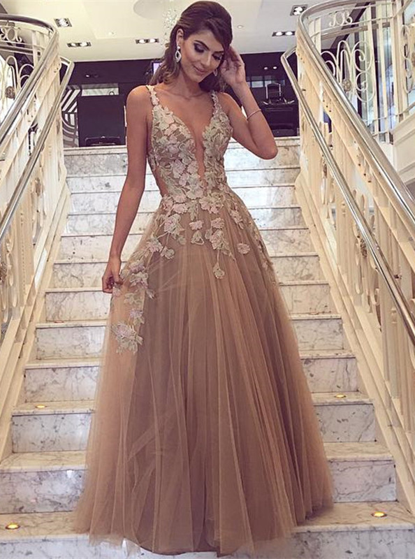 Gorgeous Sleeveless 2020 Evening Dress Tulle Long On Sale Lace Appliques