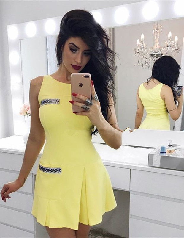 Newest Yellow Crystals Straps Homecoming Dress   Sleeveless Short Party Gown