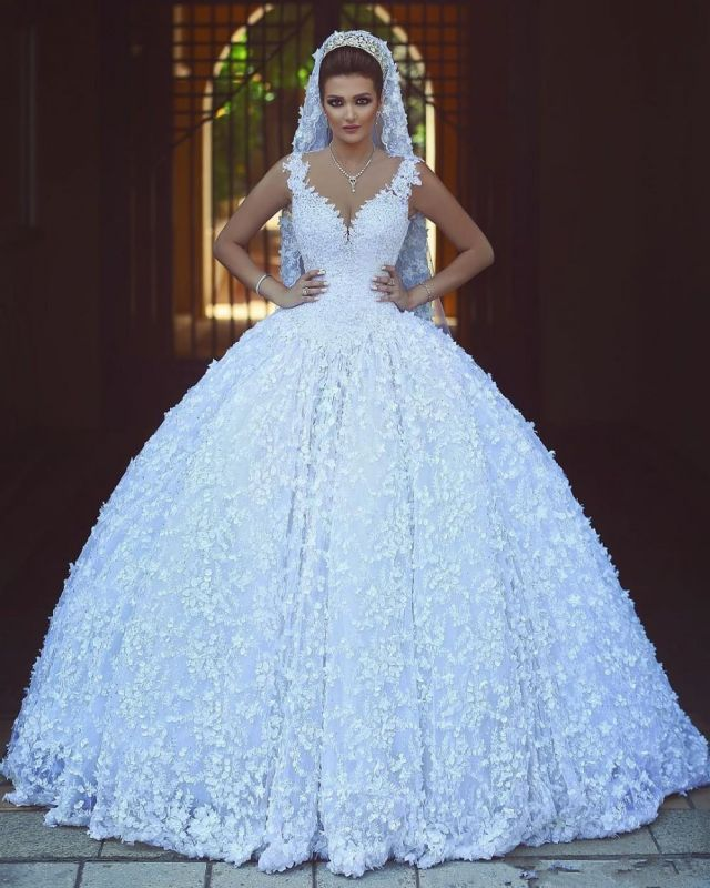 Charming V-Neck Sleeveless Bridal Gowns | Empire Lace Appliques Ball Gown Wedding Dress