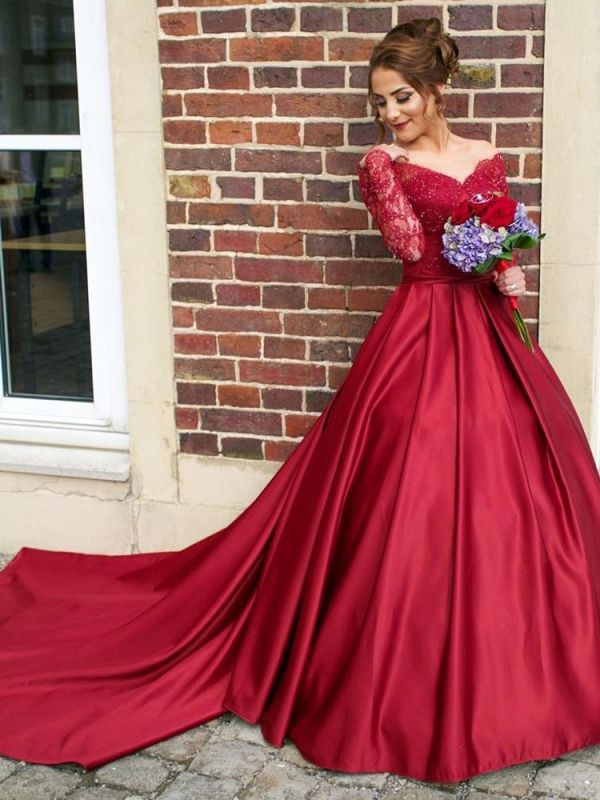 Glamorous Off-the-Shoulder Long Sleeve Lace Appliques Evening Party Dress
