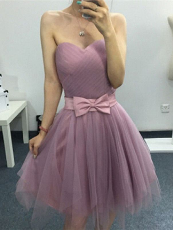 Cute Sweetheart Sleeveless A-line Homecoming Dress | Short Bow Party Gown