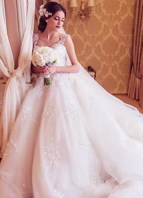 Princess Straps Ball Gown Wedding Dresses 2020 With Beadings Appliques