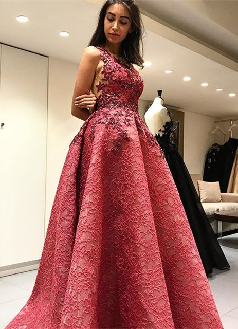 Beautiful Sleeveless Lace Appliques 2020 Evening Dress Long Party Gowns
