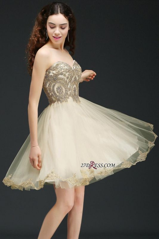 Lovely Sweetheart Short Appliques Lace-Up Homecoming Dress