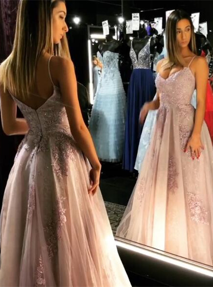 Elegant Spaghetti-Straps Lace Prom Dress | 2020 Long Tulle Evening Gowns