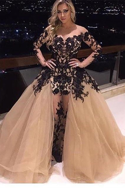 Glamorous Long Sleeve Black Appliques 2020 Prom Dress Tulle Ruffles Party Gowns BA8156