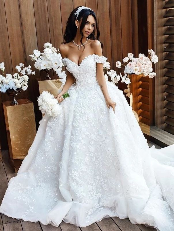 Elegant Off-the-Shoulder 2020 Wedding Dresses | Princess Lace Appliques Crystal Bridal Gowns