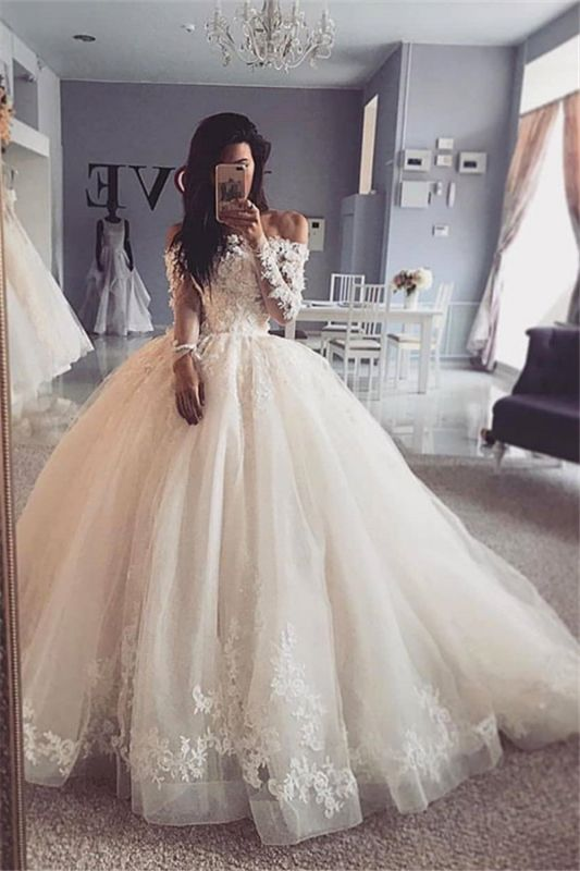 Glamorous Lace Appliques Ball Gown Wedding Dresses Long Sleeves Bridal Gowns