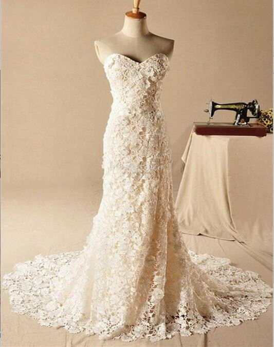 Gorgeous Sweetheart Lace Appliques Wedding Dresses 2020 Long