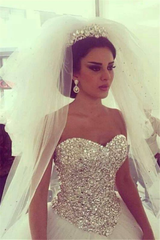Glamorous Tulle Ball Gown Wedding Dress With Crystals