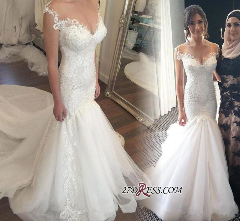 2020 Zipper Charming mermaid Button Tulle Beadings Mermaid Lace Sweetheart Wedding Dress