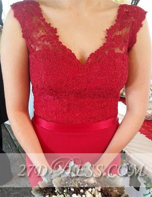 Red V-Neck Lace Bridesmaid Dresses Sweep Train Prom Gowns with Bottons