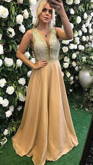 v-neck Sleeveless Prom Dress | 2020 A-Line Beads Evening Gowns