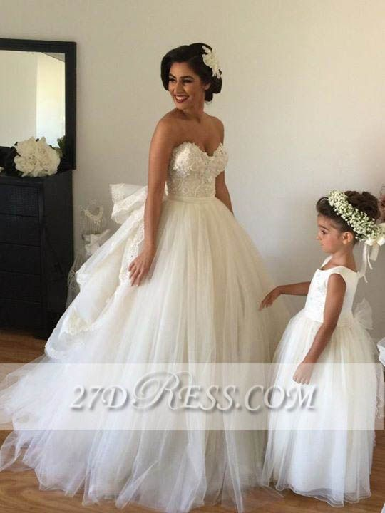 Elegant Sweetheart Tulle Wedding Dresses Tiered Lace Bridal Gowns