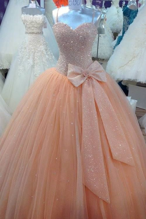 Stunning Sequins Sweetheart Ball Gown Wedding Dress with Bowknot