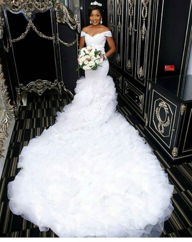 Gorgeous Off-the-Shoulder Lace Wedding Dress | 2020 Mermaid Ruffles Bridal Gowns BC0845