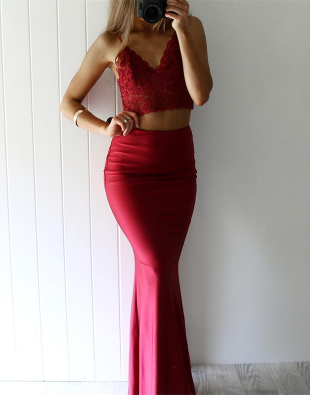 Gorgeous Red Lace Two Pieces Mermaid V-Neck 2020 Prom Dress