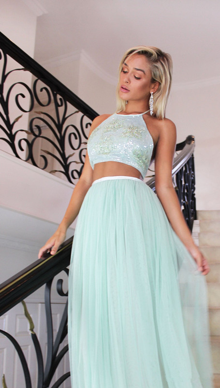 Gorgeous Halter Sleeveless Tulle Prom Dress | Two Pieces A-Line 2020 Evening Gowns