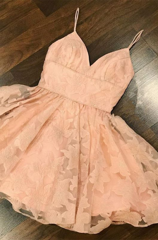 Gorgeous V-Neck Lace Homecoming Dress | 2020 Mini Party Gowns