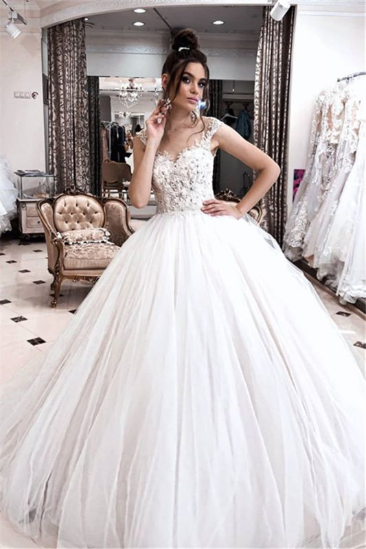Exquisite Spaghetti-Straps Lace Wedding Dresses Appliques Puffy Tulle Princess Bridal Dress