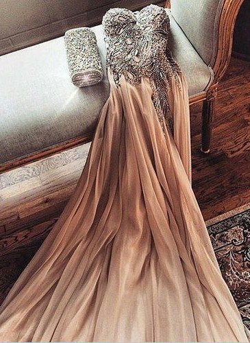 Gorgeous Sweetheart Crystal Prom Dress 2020 Long Chiffon Party Gowns