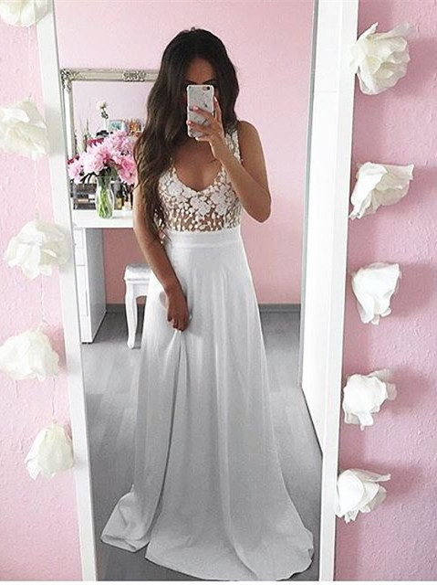 Pretty Summer White Lace Long Sleeveless 2020 Prom Dress