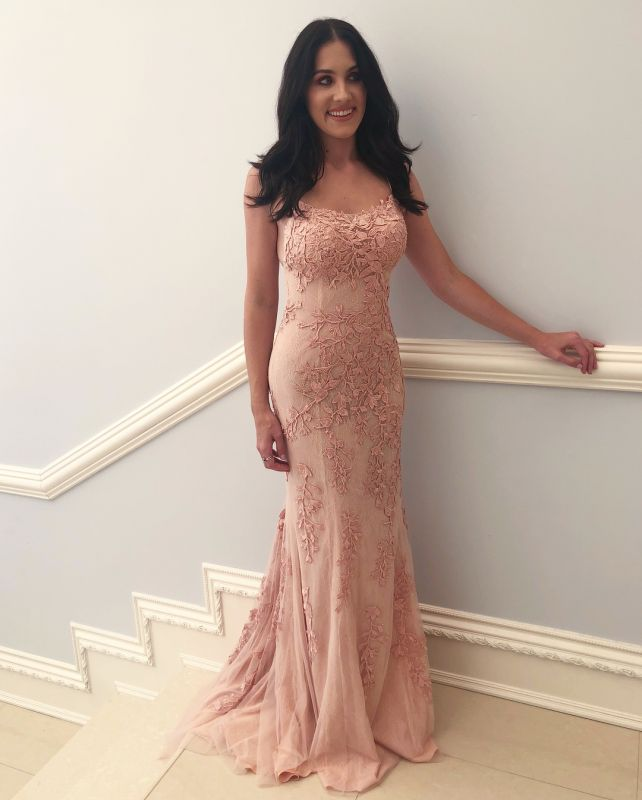 2020 Sexy Spaghetti-Straps Sleeveless Prom Dress | Mermaid Lace Applique Evening Gown On Sale