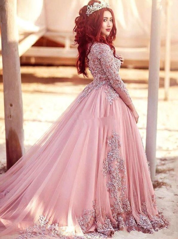 Gorgeous Long-Sleeve Arabic Style Lace Appliques Tulle Evening Dress