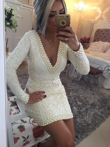 Hot V-neck Lace Short Bodycon Prom Dress 2020 Pearls Backless BT0