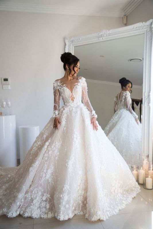 Exquisite Appliques Sheer Tulle Bridal Gowns Long Sleeve A-line Wedding Dress
