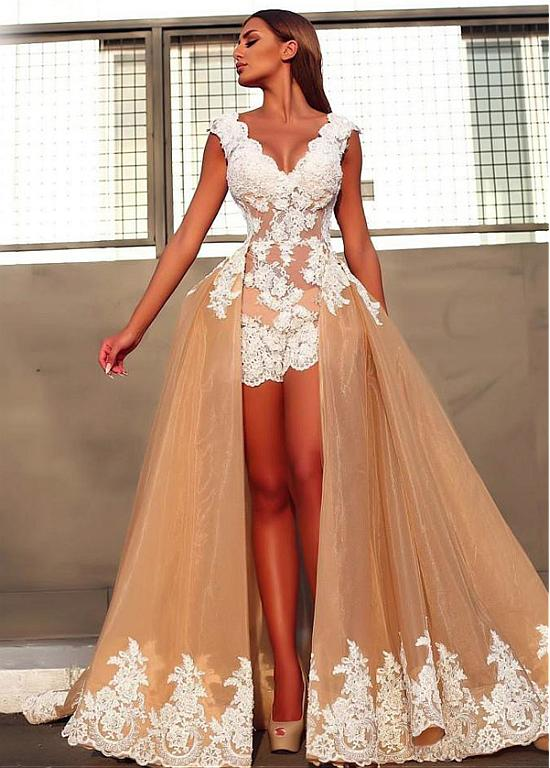 Sexy V-Neck Sleeveless 2020 Prom Dresses   Lace Appliques Evening Gowns With Ruffles BC0899