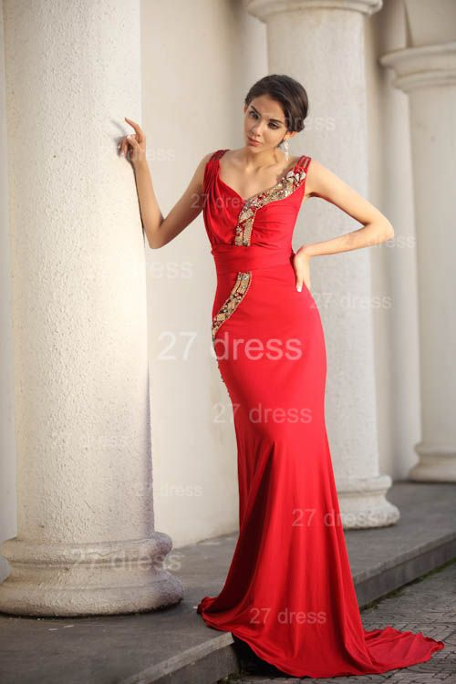 Sexy Red V-Neck Prom Gowns 2020 Ruffles Sweep Train Evening Dresses with Beadings