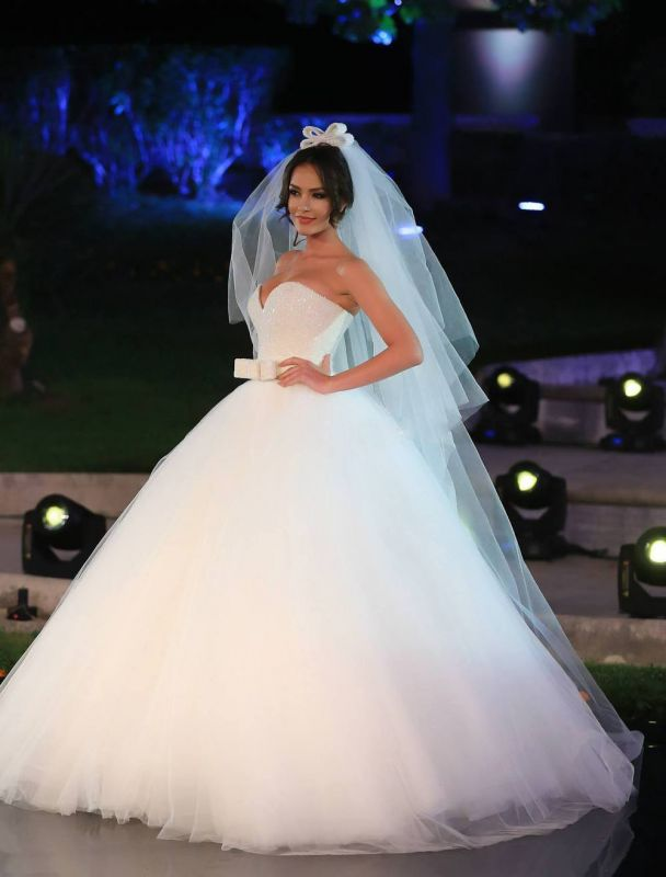 Sexy V-neck Tulle Sequins Wedding Dress Ball Gown Bowknot