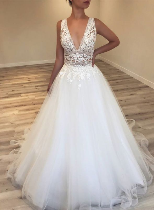 Elegant Deep V-Neck Sleeveless Tulle Bridal Gowns | Lace Appliques Sleeveless 2020 Wedding Dresses