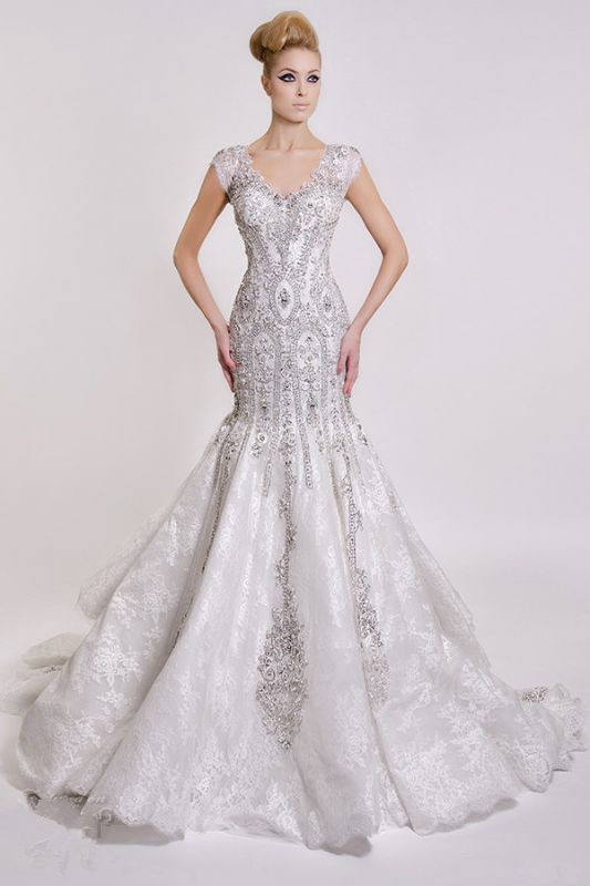 Luxurious V-Neck 2020 Wedding Dress Mermaid Crystals Lace